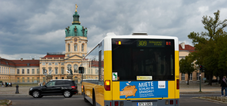 Buswerbung: Heckfläche