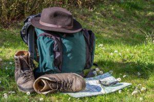 Foto: Rucksack im Gras