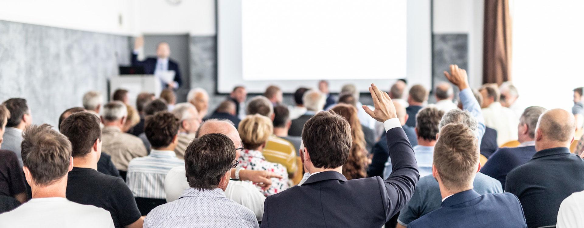 Teilnehmer im Seminar erarbeiten sich einen Wettbewerbsvorteil