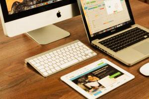 Besucher und Gäste schon bei dem ersten digitalen Kontaktpunkt mit einer SEO- und Conversion-optimierten Website begeistern (SEO-Optimierung, Website Verbesserung und Aufbau, Conversion-Optimierung u.v.m.)