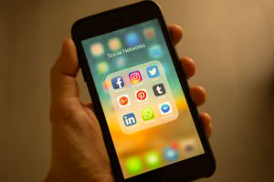 Argo.Berlin - Mit bezahlter Anzeigenwerbung in Social Media: Facebook, Instagram, Pinterest, Twitter und YouTube einfach und direkt Kunden gewinnen